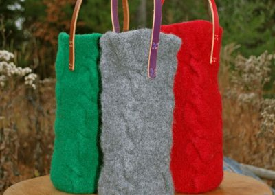 Cabled Sides Wine Cozy