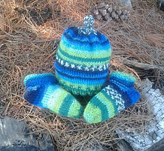 Infant Hat & Stay-On Socks in DK